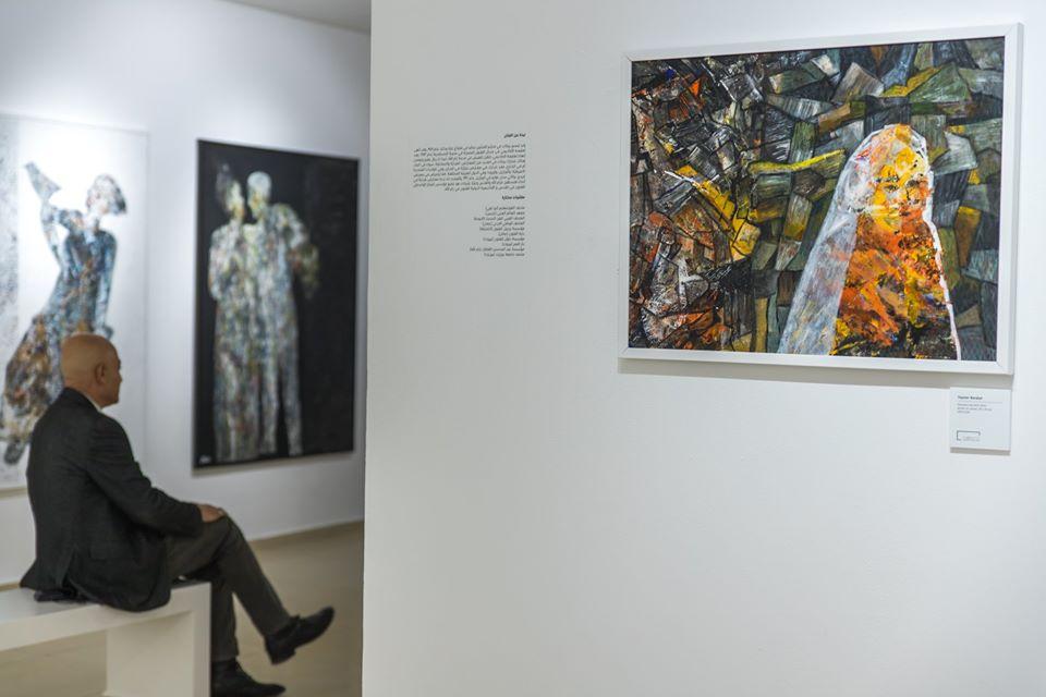 Uno scatto dell'inaugurazione della mostra Shoreless Sea di Tayseer Barakat. Courtesy of Zawyeh Gallery (Ramallah)